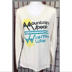 Life is Good Mountains Speak Shirt Top L